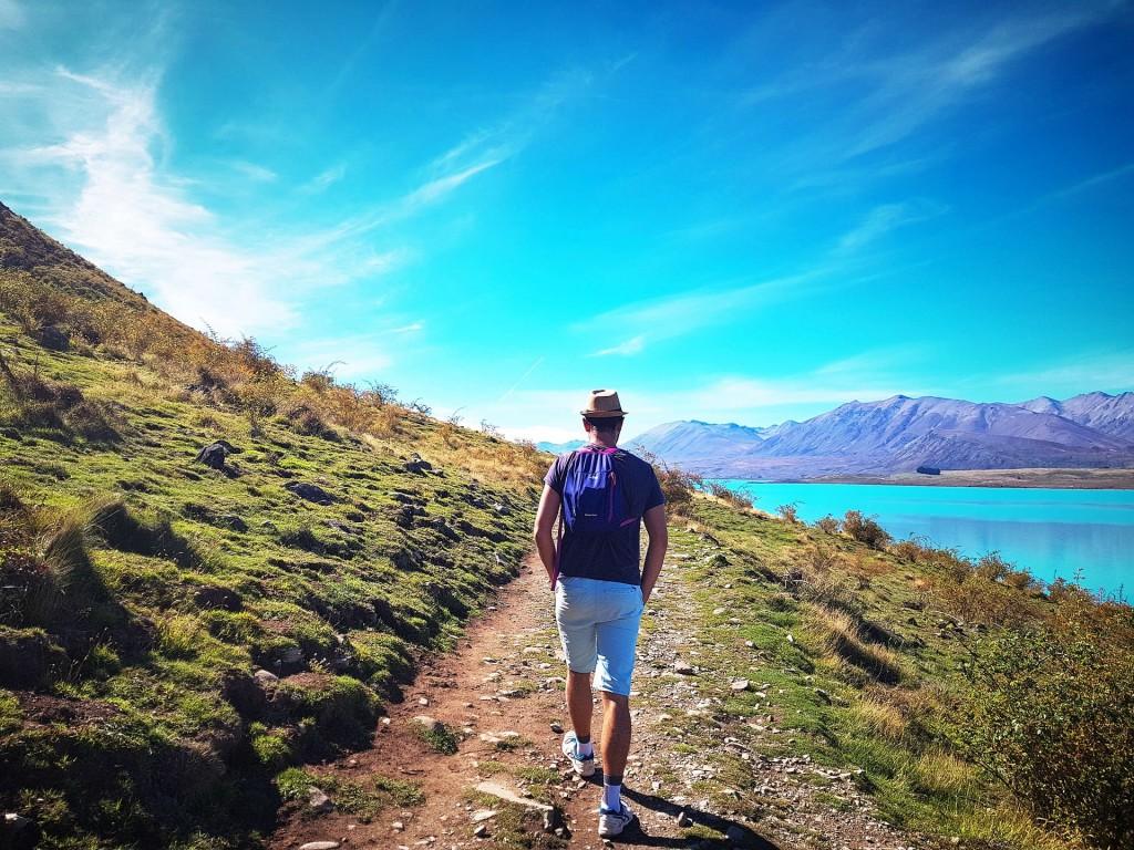 camminare in montagna-min